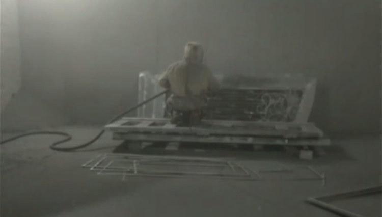 GLADMAN IRON DOORS | The production process - Zinc