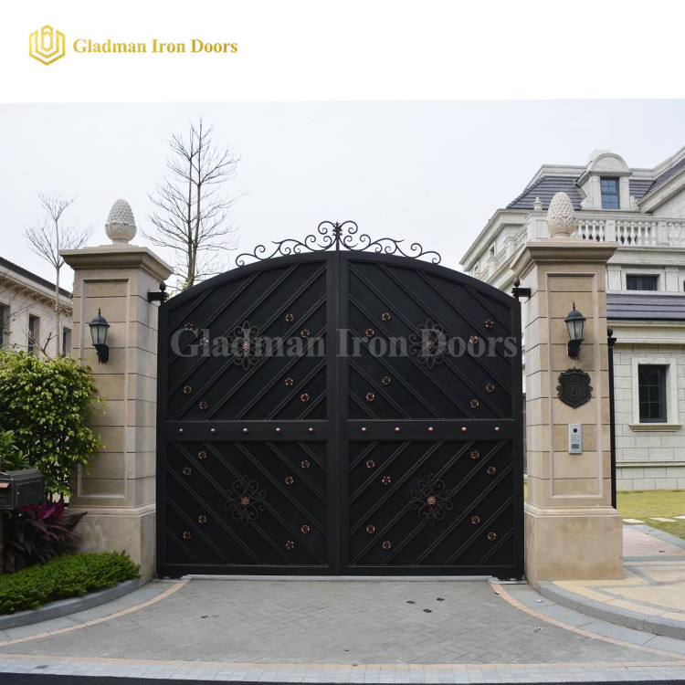 Luxury Custom Gates Seamless Black IG-03