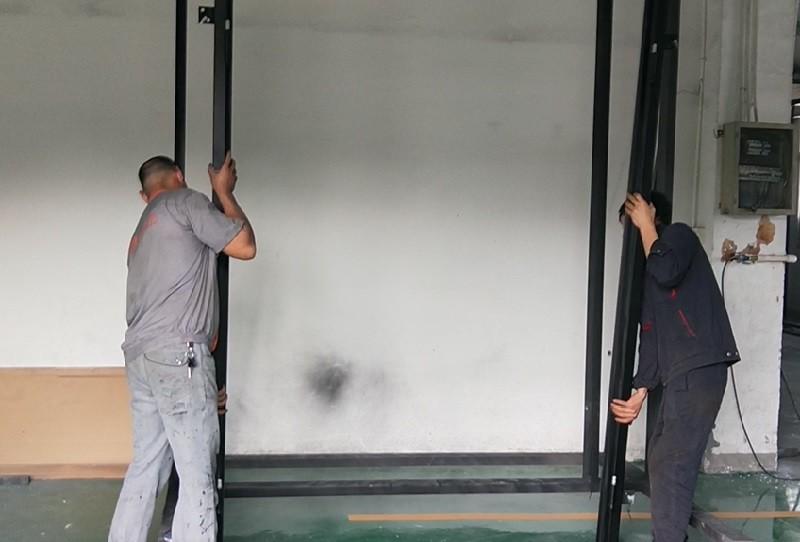 GLADMAN IRON DOORS | How to install doors